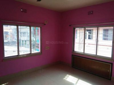 Gallery Cover Image of 750 Sq.ft 2 BHK Independent Floor for rent in Dum Dum for 8000