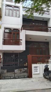 Gallery Cover Image of 152 Sq.ft 8 BHK Independent House for rent in DDA RWA Sarvapriya Vihar DDA Flats, Hauz Khas for 50000