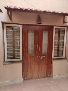 Gallery Cover Image of 1800 Sq.ft 5 BHK Independent House for rent in Brookefield for 48000