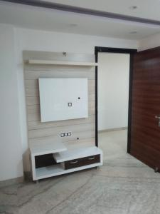 Gallery Cover Image of 1000 Sq.ft 2 BHK Independent Floor for rent in Ramesh Nagar for 20000