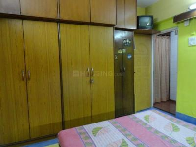 Gallery Cover Image of 581 Sq.ft 1 BHK Apartment for rent in Giriraj Apartment, Kandivali West for 22000