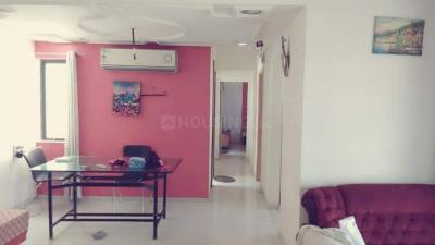 Gallery Cover Image of 1200 Sq.ft 2 BHK Apartment for rent in Bhakti Apartments, Viman Nagar for 31000