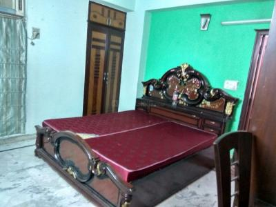Gallery Cover Image of 1750 Sq.ft 3 BHK Independent Floor for rent in Vasundhara for 16000