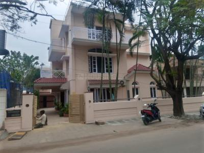 Gallery Cover Image of 5992 Sq.ft 8 BHK Independent House for buy in RMV Extension Stage 2 for 78000000