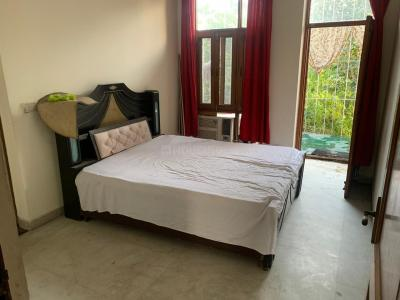 Gallery Cover Image of 700 Sq.ft 1 BHK Independent Floor for rent in Ansal Golf Link 1, Ansal Golf Links 1 for 9000
