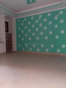 Gallery Cover Image of 900 Sq.ft 3 BHK Independent Floor for buy in Govindpuram for 2300000