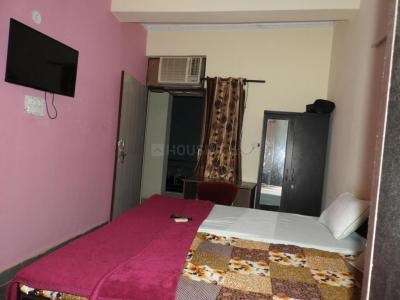 Gallery Cover Image of 200 Sq.ft 1 RK Independent Floor for rent in Sector 51 for 8000