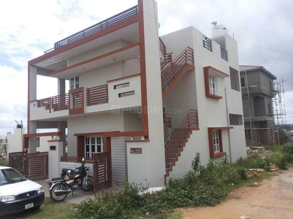 Building Image of 2400 Sq.ft 6 BHK Independent House for buy in Rajiv Nagar for 9900000