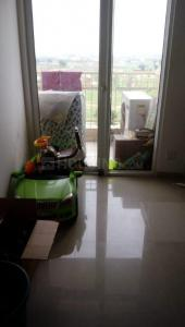 Gallery Cover Image of 950 Sq.ft 2 BHK Apartment for rent in Nirala Greenshire, Noida Extension for 11000