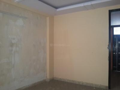 Gallery Cover Image of 500 Sq.ft 1 BHK Apartment for rent in Sector 121 for 6500