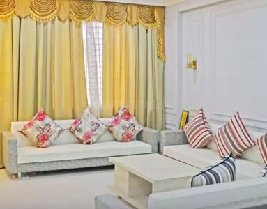 Gallery Cover Image of 1315 Sq.ft 3 BHK Apartment for buy in Agrawal Sagar Green Hills, Kolar Road for 4390000