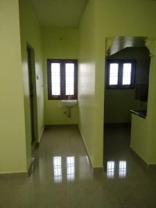 Gallery Cover Image of 900 Sq.ft 2 BHK Independent House for rent in Velachery for 16000