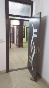 Gallery Cover Image of 1800 Sq.ft 3 BHK Independent Floor for buy in Vaishali for 7000000