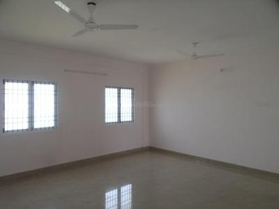 Gallery Cover Image of 1052 Sq.ft 2 BHK Apartment for buy in Tharapakkam for 3471000