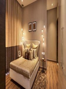 Gallery Cover Image of 1405 Sq.ft 3 BHK Apartment for buy in Jogeshwari East for 21500000