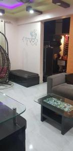 Gallery Cover Image of 1200 Sq.ft 2 BHK Apartment for rent in Pimple Saudagar for 20000