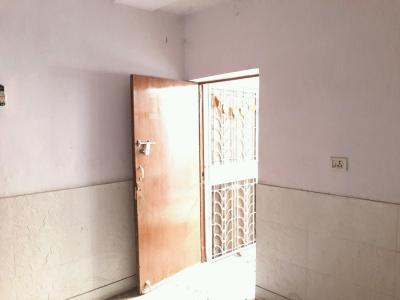 Gallery Cover Image of 1100 Sq.ft 3 BHK Apartment for rent in Dilshad Garden for 20000