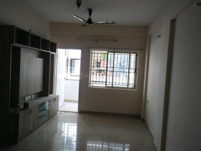 Gallery Cover Image of 1085 Sq.ft 2 BHK Apartment for rent in Srimitra Symphony Apartment, Krishnarajapura for 18000