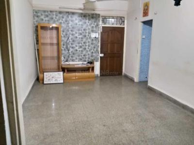 Gallery Cover Image of 1000 Sq.ft 2 BHK Apartment for rent in Goregaon East for 35000