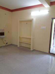 Gallery Cover Image of 575 Sq.ft 1 BHK Apartment for rent in Perungalathur for 7000