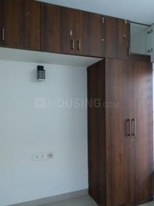 Gallery Cover Image of 750 Sq.ft 2 BHK Apartment for rent in Ceebros Boulevard, Thoraipakkam for 20000