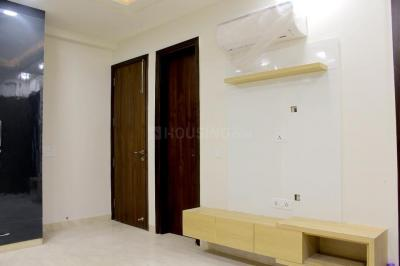 Gallery Cover Image of 1350 Sq.ft 3 BHK Independent Floor for buy in Paschim Vihar for 22500000