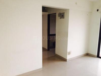 Gallery Cover Image of 700 Sq.ft 1 BHK Apartment for buy in Kalyan West for 3700000