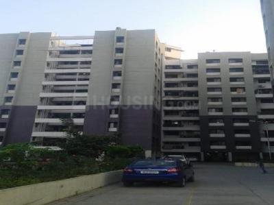 Gallery Cover Image of 1038 Sq.ft 2 BHK Apartment for rent in Hadapsar for 15000