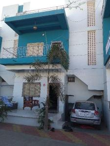 Gallery Cover Image of 924 Sq.ft 3 BHK Independent House for buy in Adajan for 5000000