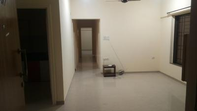 Gallery Cover Image of 1065 Sq.ft 3 BHK Apartment for rent in Kandivali East for 40000