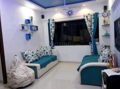 Gallery Cover Image of 1000 Sq.ft 2 BHK Apartment for rent in Sai Complex Housing, Dahisar West for 29000
