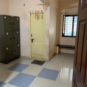 Gallery Cover Image of 1200 Sq.ft 3 BHK Independent Floor for rent in Vidyaranyapura for 20000