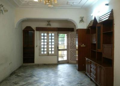 Gallery Cover Image of 2003 Sq.ft 4 BHK Apartment for buy in Safdarjung Enclave for 75000000