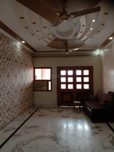 Gallery Cover Image of 1800 Sq.ft 3 BHK Apartment for rent in Sector 10 Dwarka for 38000