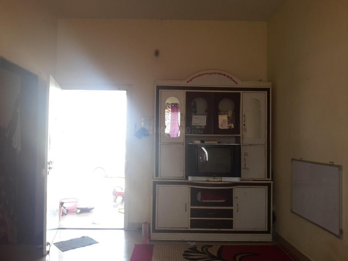 Living Room Image of 920 Sq.ft 1 BHK Independent House for rent in Wagholi for 5000