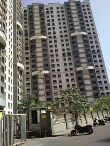 Gallery Cover Image of 750 Sq.ft 1 BHK Apartment for rent in Powai Lake View, Powai for 24000