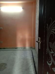 Gallery Cover Image of 550 Sq.ft 2 BHK Independent Floor for buy in Mahavir Enclave for 2400000
