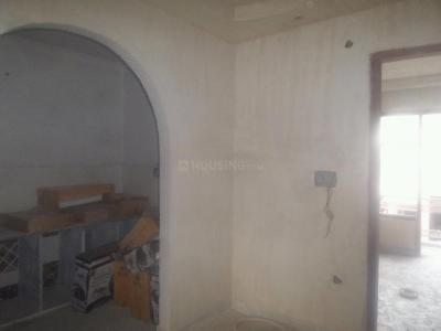 Gallery Cover Image of 630 Sq.ft 2 BHK Apartment for buy in Shahdara for 4200000