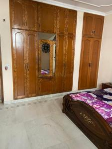 Gallery Cover Image of 1270 Sq.ft 3 BHK Apartment for buy in CGHS Shri Sai Baba Apartments, Sector 9 Rohini for 40000000