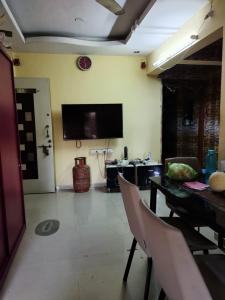 Gallery Cover Image of 770 Sq.ft 2 BHK Apartment for buy in Dombivli West for 5000000