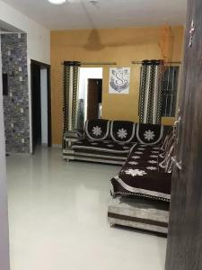Gallery Cover Image of 1080 Sq.ft 2 BHK Apartment for buy in Radhe Swapna, Sanand for 2500000