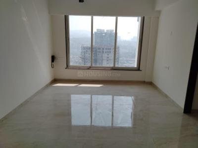 Gallery Cover Image of 1000 Sq.ft 2 BHK Apartment for rent in Romell Grandeur, Goregaon East for 43000