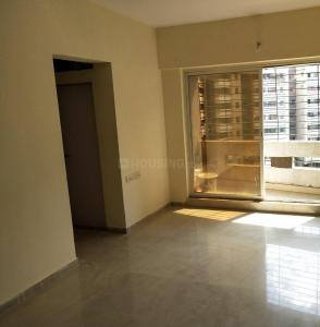 Gallery Cover Image of 930 Sq.ft 2 BHK Apartment for rent in Rustomjee Global City, Virar West for 7500