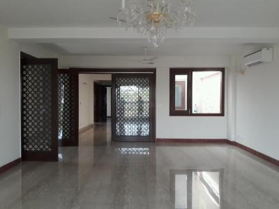 Gallery Cover Image of 4500 Sq.ft 4 BHK Independent Floor for rent in Chirag Dilli for 225000