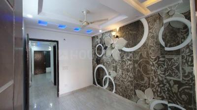 Gallery Cover Image of 860 Sq.ft 3 BHK Apartment for buy in Planner N Maker Homes, Madhu Vihar for 3100000