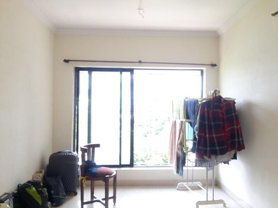 Living Room Image of 1105 Sq.ft 3 BHK Apartment for buy in Goregaon East for 8000000