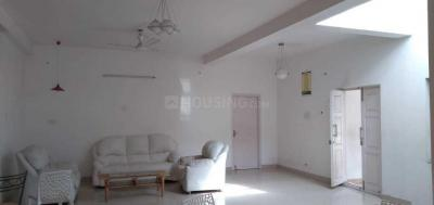 Gallery Cover Image of 5000 Sq.ft 4 BHK Independent House for rent in Velachery for 100000