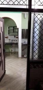 Gallery Cover Image of 270 Sq.ft 1 BHK Independent Floor for rent in Swasthya Vihar for 7500
