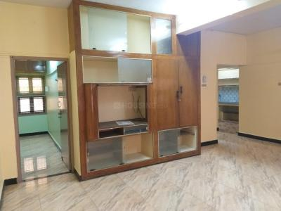 Gallery Cover Image of 950 Sq.ft 2 BHK Apartment for buy in Mylapore for 8000000