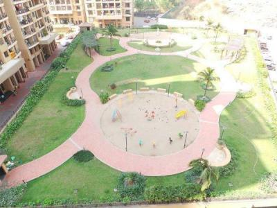 Gallery Cover Image of 1045 Sq.ft 2 BHK Apartment for rent in K Raheja Heights, Malad East for 55000